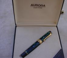 aurorapen1