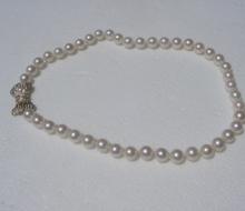 pearls86891