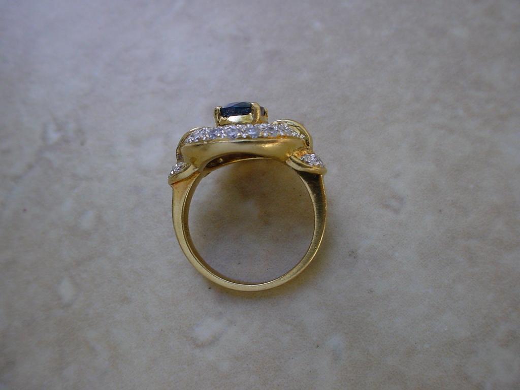 ringsapphdiamonds18K5
