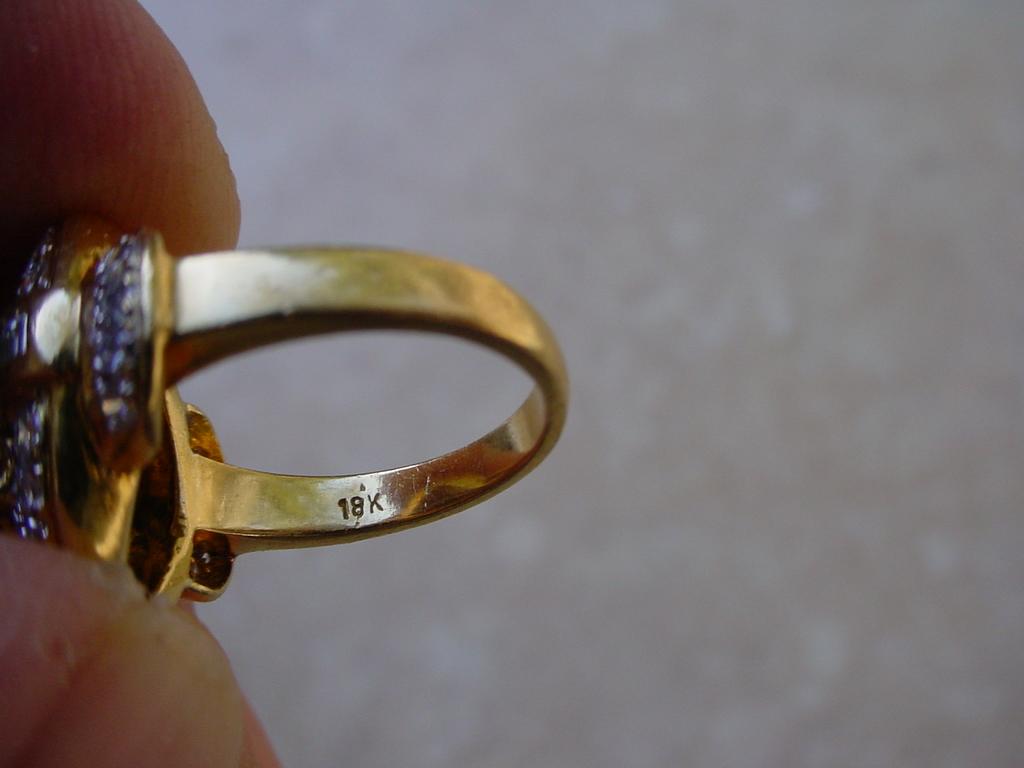 ringsapphdiamonds18K7